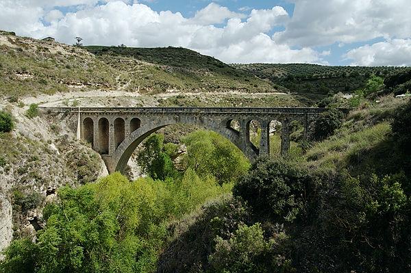 römische Brücke über den Cacín, Andalusien