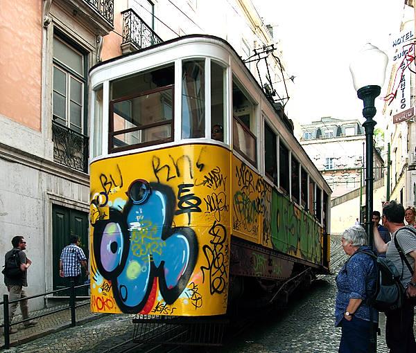 Lisboa Ascensor ~ Standseilbahn