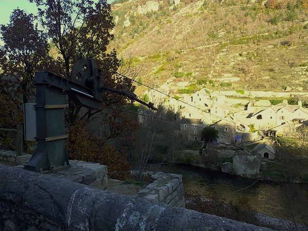Hauterives ~ Seilbahn über den Tarn