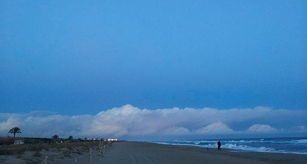 . . . und die blaue Stunde danach . . .
