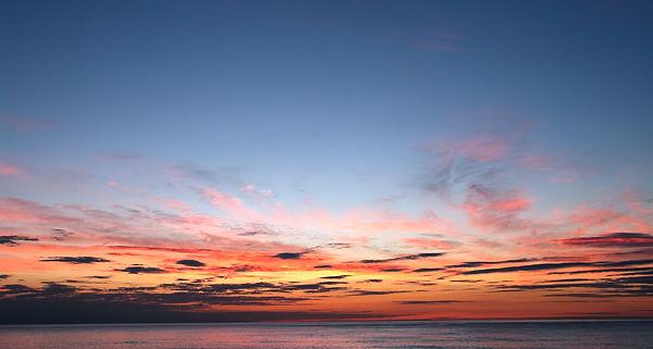 Vor Sonnenaufgang . . .