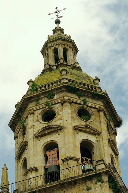 Dach der Iglesia del Crucifijo