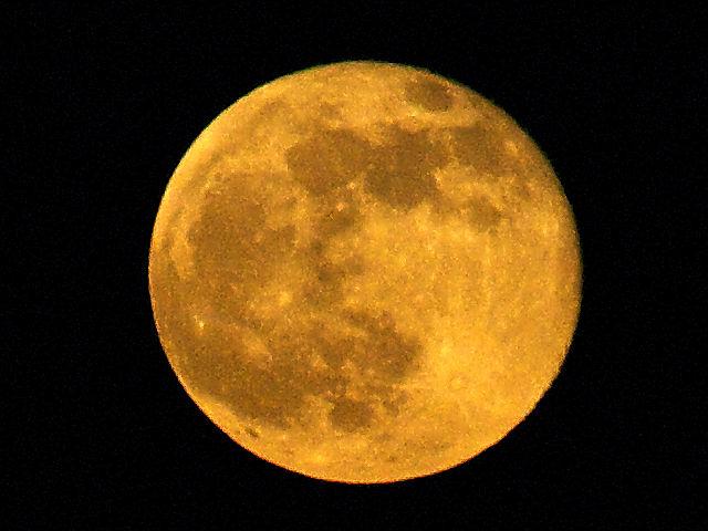 . . . und der Mond am ersten Abend in Frankreich