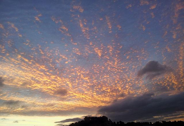Morgenhimmel nach stürmischer Nacht
