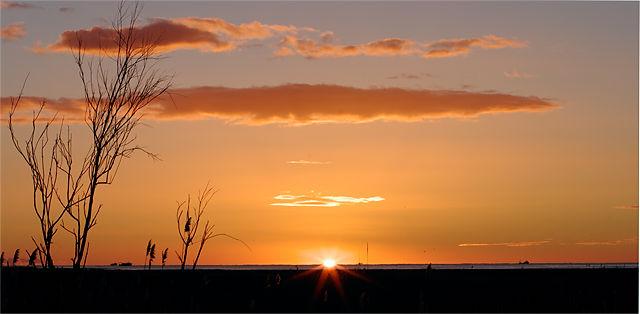 das erste Blinzeln der Sonne