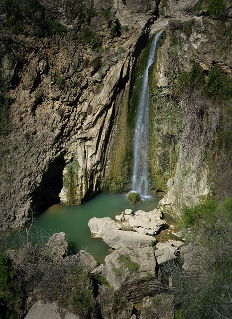 . . .  und der Wasserfall mit Romantik . . .