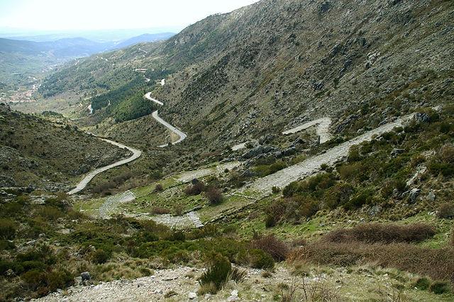 über den Puerto del Pico (1352m) windet sich eine alte Römerstraße