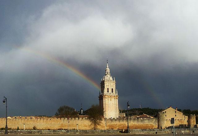 El Burgo de Osma ~ Regenbogen inclusive . . .