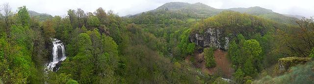 Cascade de Fournols mit Panorama