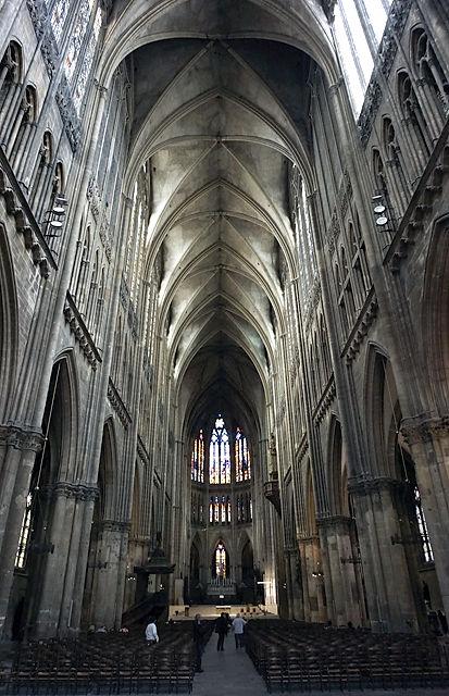 Innenansicht der Kathedrale von Metz