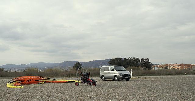 Paraglider motorisiert ~ startklar