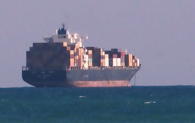 Container-Carrier ~ beladen