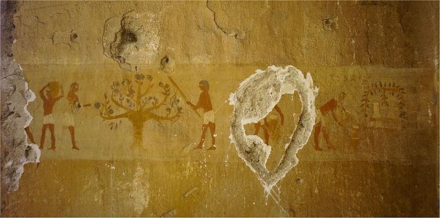 'altägyptische' Wandmalereien und neuzeitliche Vandalen ;(