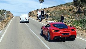 Begegnung in den Bergen von Cabo de Gata ~ Ferrari irgendwas und GTR