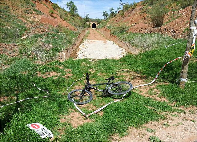 Tunnel gesperrt! . . .