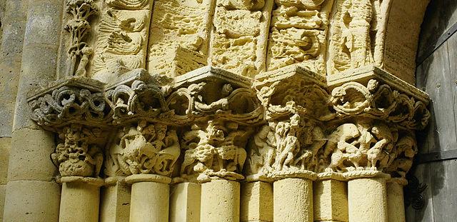 am Portal von Saint Nicolas ~ links