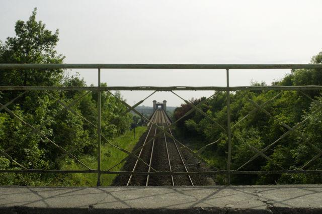 von Brücke zu Brücke ~ die hintere führt die Eisenbahn über die Dordogne