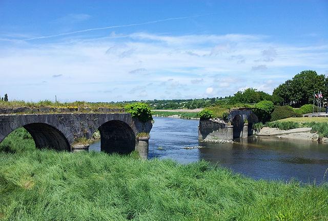 bei der Operation Cobra zerbombte Pont de la Roque über den Fluß La Sienne
