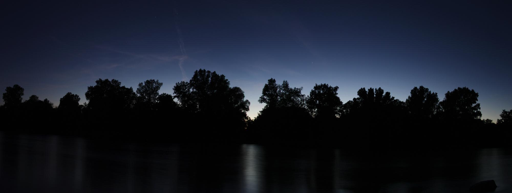 * Nacht am Rhein *