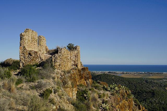 Castell d'Almenara ~ bei  Klick mit Panorama der Küste