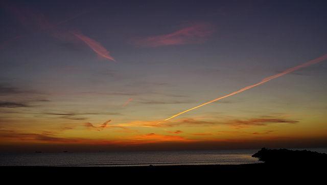 * Morgenhimmel, wieder mal . . . *