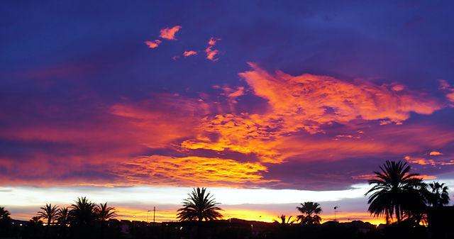 Himmel und Meer in Flammen V