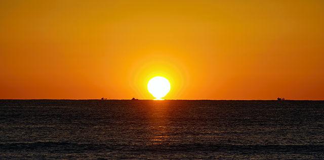 Sonnenaufgang, diesmal mit Fischerbooten zur Hebung der Romantik, hihihi!