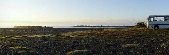Strand im Morgenlicht, alter Herr Magirus