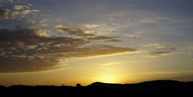 vor dem letzten Sonnenaufgang im März ~ gold . . .
