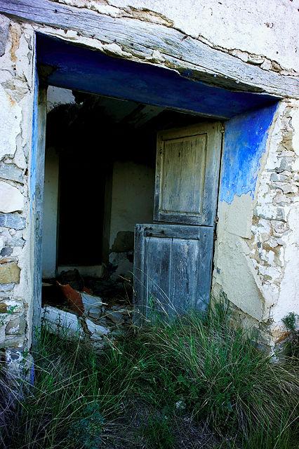 verlassener Bauernhof in der Sierra de Gúdar~ Eingang