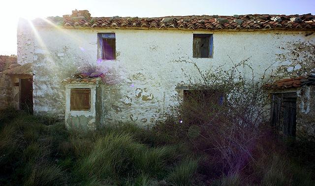 noch einer ~ verlassener Bauernhof in der Sierra de Gúdar