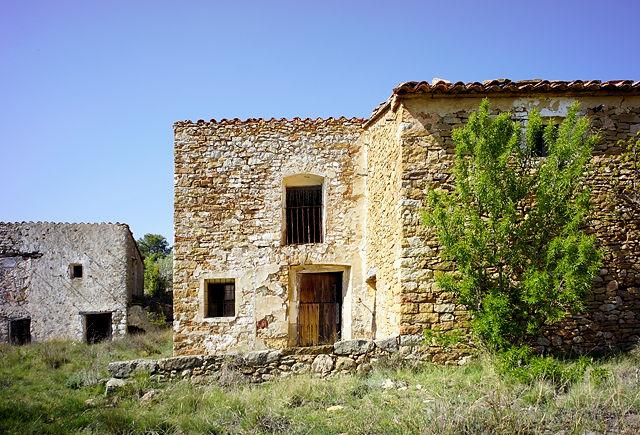 und noch einer ~ verlassener Bauernhof in der Sierra de Gúdar