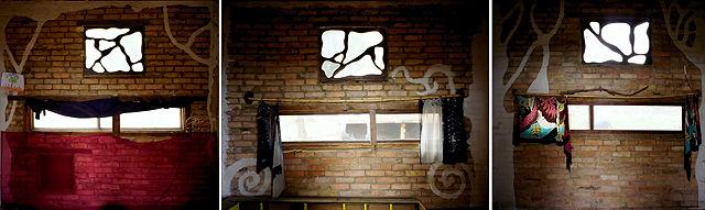 Fensterwände der drei Einzelräume im Gemeinschaftshaus ~ zusammengeflickt