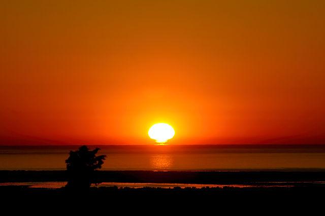 noch näher ran: Sonnenaufgang über dem Mittelmeer