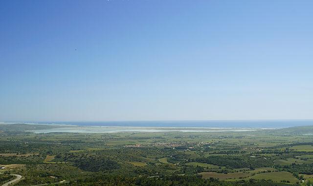 Panorama im Sonnenlicht ~ 'Seen'-Landschaft um Sigean und Leucate