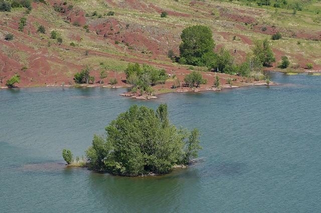 Lac de Salagou ~ Insel, oder was so übrig bleibt