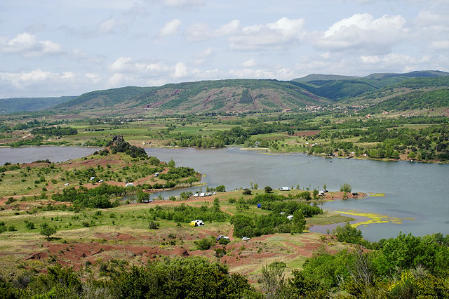 ein Suchbild mit Magirus, wieder einmal :) Lac du Salagou