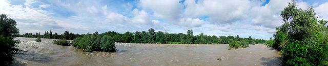 der alte Rhein bei den Isteiner Schwellen