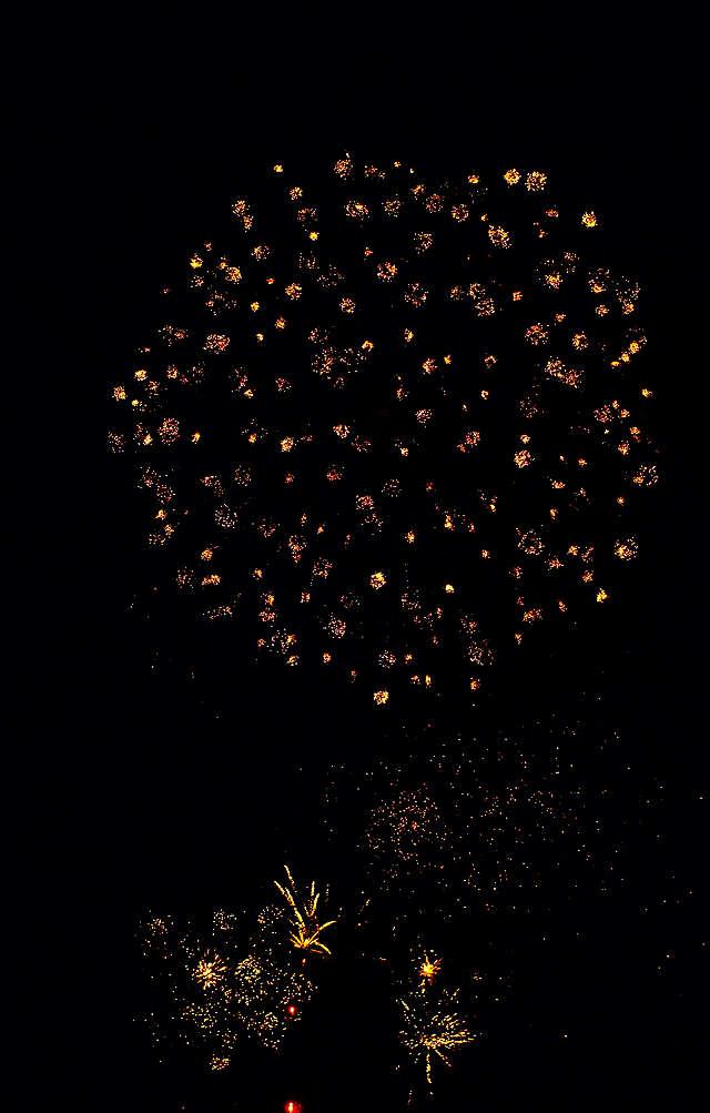 Rhein in Flammen ~ Feuerwerk als fraktale Kunst