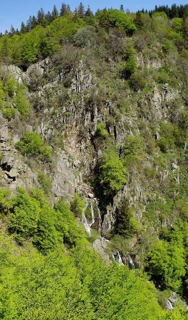 Cascades d'Orgon ~ nur fast die Komplettansicht ~ links oben nach rechts unten