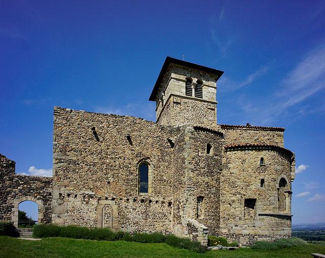 église prieurale Saint Romain Le Puy