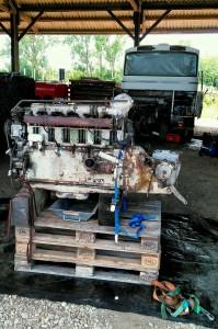 Motor&Getriebe separiert auf Palette(n)