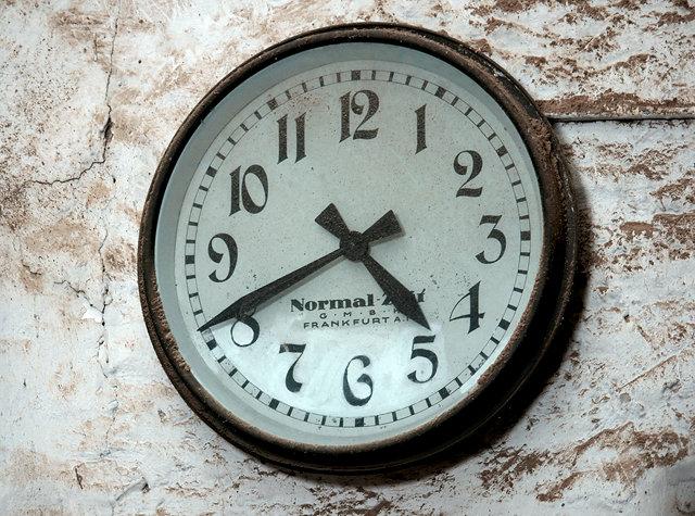 Normalzeit ~ hier steht die Zeit!