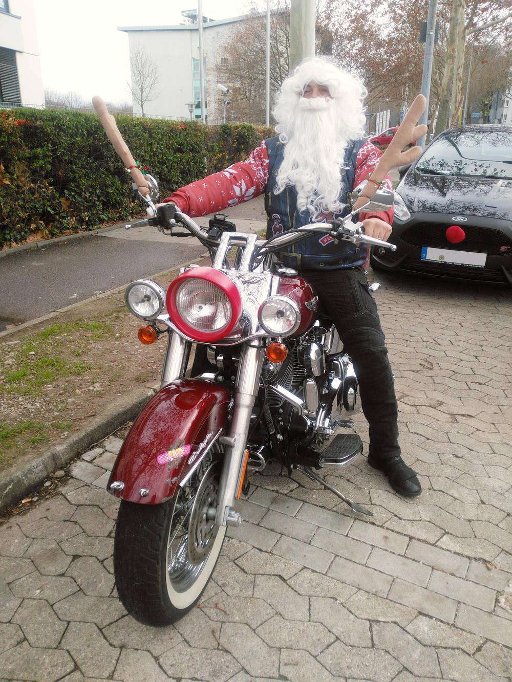 Begegnung mit Nikolaus ~ auf  Rudolph dem Chopper :)