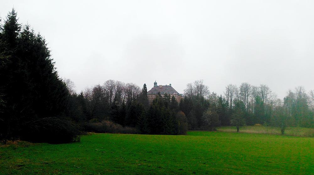 Schloß Hirschberg am Haarsee