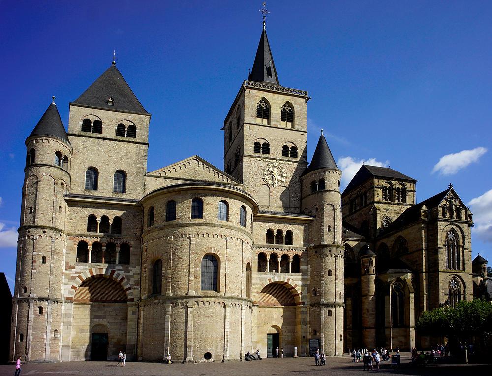 aaalso gut! der Dom zu Trier inklusive Liebfrauenbasilika!