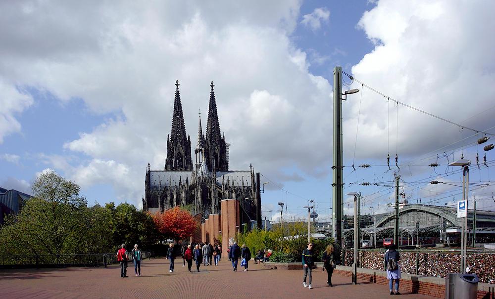 von der Hohenzollernbrücke zum Dom
