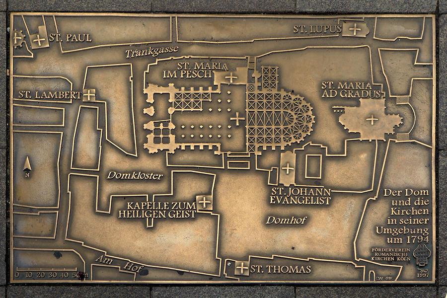 Dom zu Köln, Lageplan in Bronze