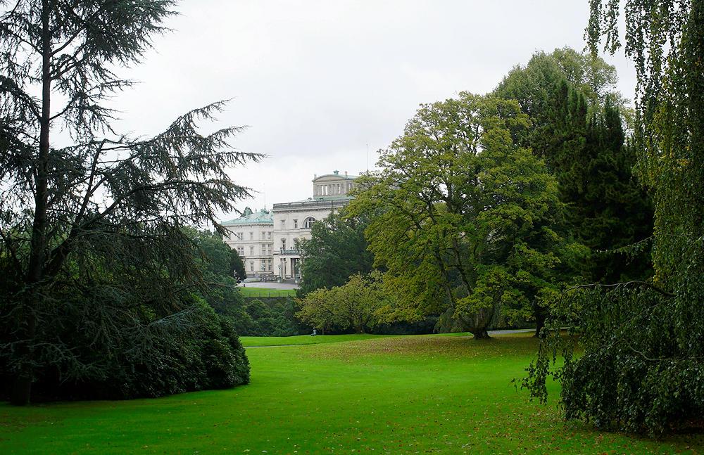 Villa Hügel vom Park aus