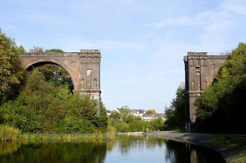 Phönix-Ost ~ Bahnviadukt ohne Brücke ~ Hympendahlbrücke